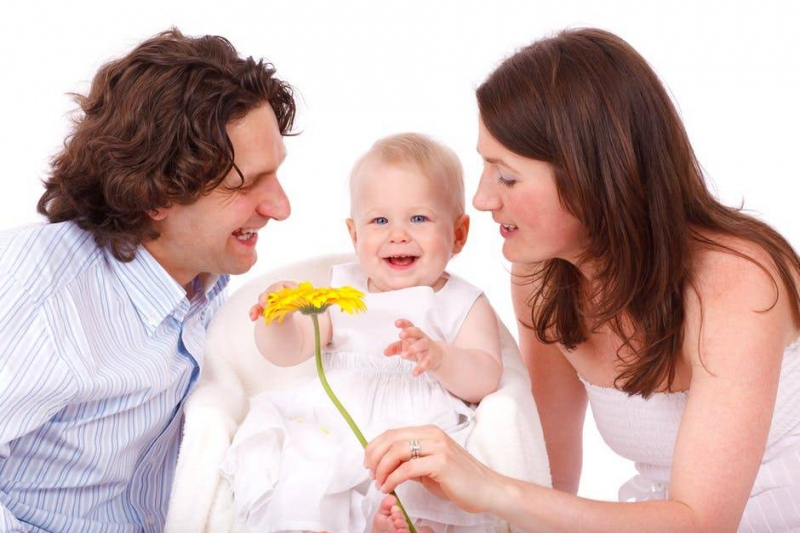 宝宝吓着怎么做最有效小孩受到惊吓怎么办